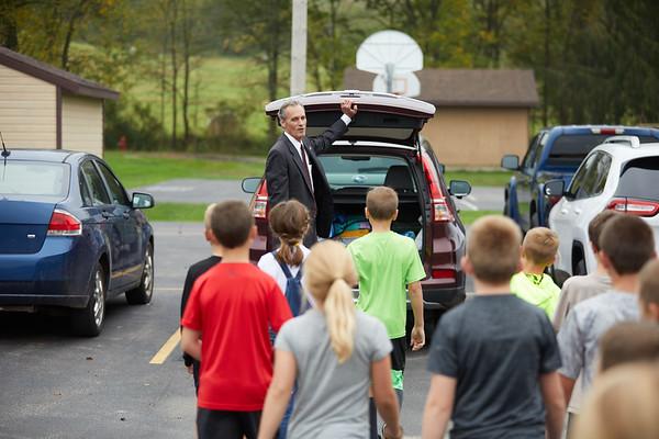 2018 UWL Joe Gow Coon Valley Elementary Donations0023