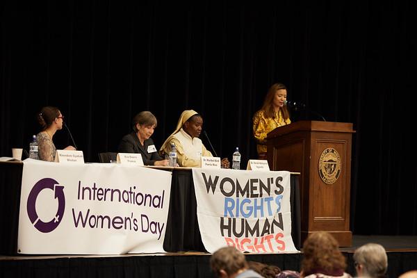 2019 UWL Spring International Womens Banquet 0036