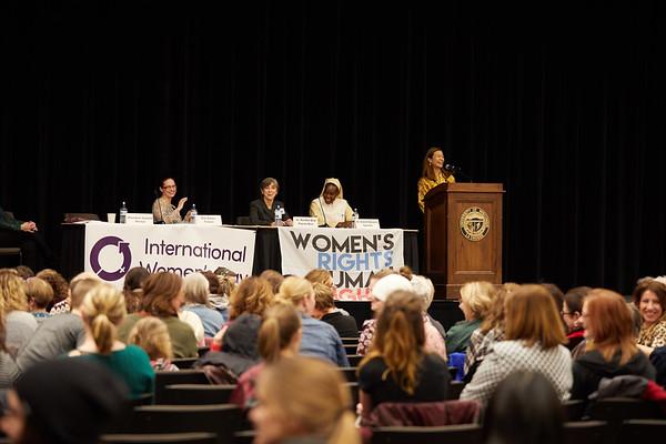 2019 UWL Spring International Womens Banquet 0038