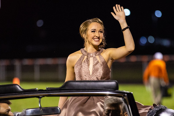 2018_10_5_Football_Homecoming-5