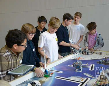 TASIS Takes on the First Lego League