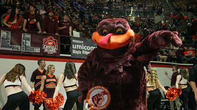 The Hokiebird performs for the crowd before the opening tip. (Mark Umansky/TheKeyPlay.com)