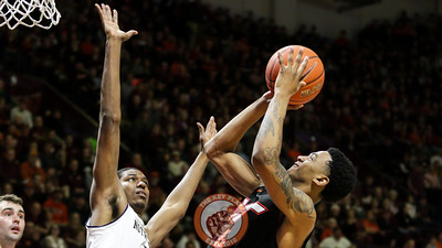 Nickeil Alexander-Walker pulls up for a floater in the second half. (Mark Umansky/TheKeyPlay.com)