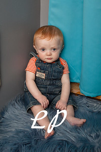 Elijah 6 months (4 of 25)