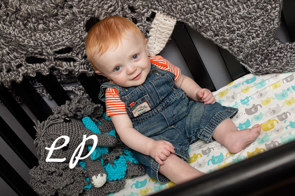 Elijah 6 months (2 of 25)