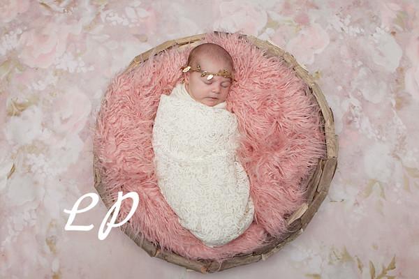 Lola Newborn (5)