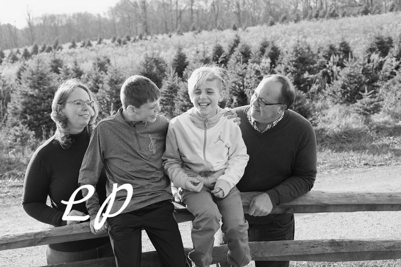 Ewing Family Christmas 2018 (2 of 30)