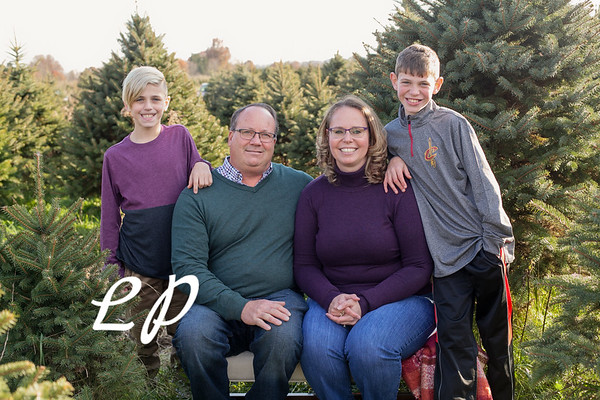 Ewing Family Christmas 2018 (3 of 30)
