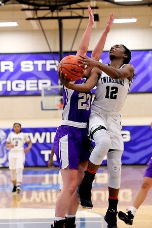 20181205 Girls Basketball - Royalton v Twinsburg