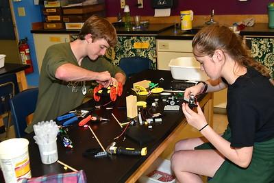 A Peek At AMHS Engineering Class photos by Gary Baker
