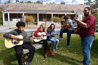 Guitar Alfresco photos by Gary Baker