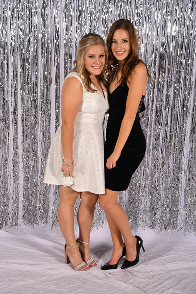 11-16-2018_Winter Formal-152-LJ