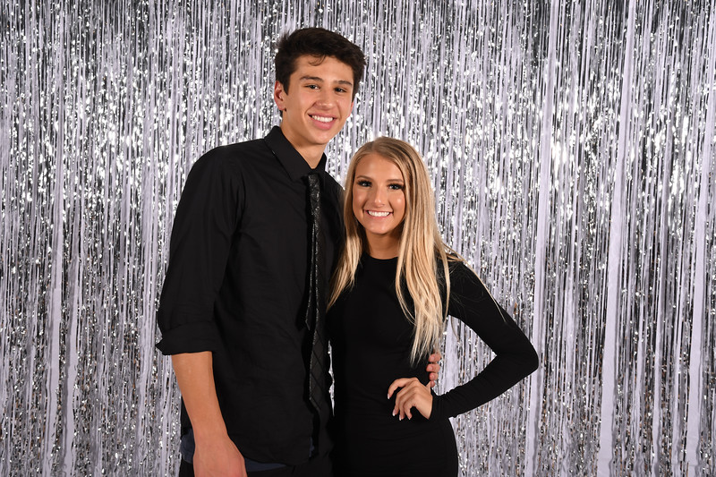 11-16-2018_Winter Formal-267-LJ