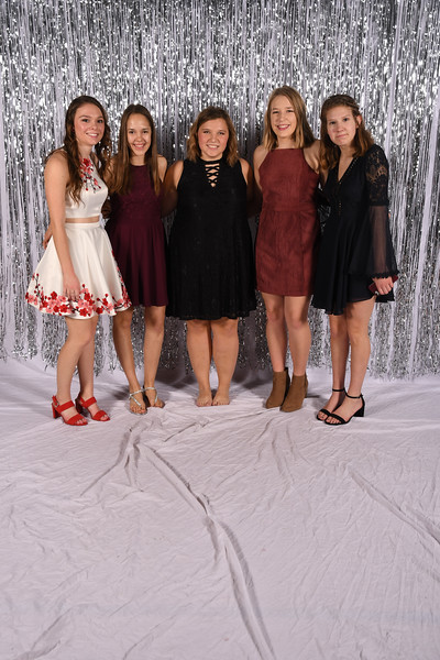 11-16-2018_Winter Formal-234-LJ