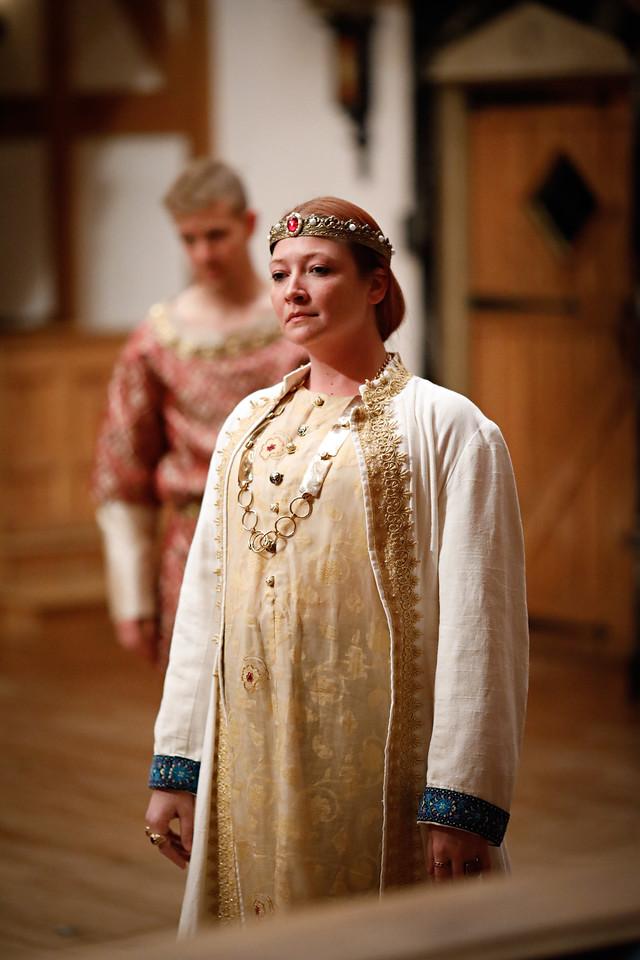Sarah Fallon as Richard II in RICHARD II.  Photo by Lindsey Walters.