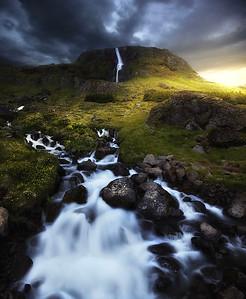 DA065,DN,Waterfall in Iceland