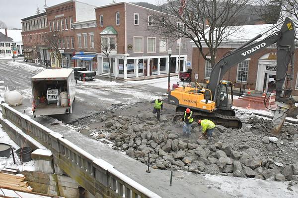 Central St. Bridge Demolition 041918