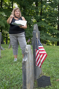 4-Barbara_Drufovka_discussing_some_of_the_Revolutionary_era_occupants_of_Hendee_Cemetery