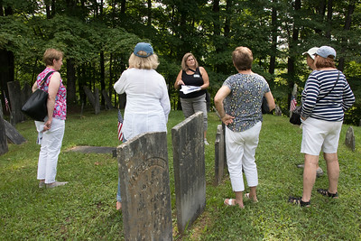 3-Barbara_Drufovka_discussing_some_of_the_Revolutionary_era_occupants_of_Hendee_Cemetery