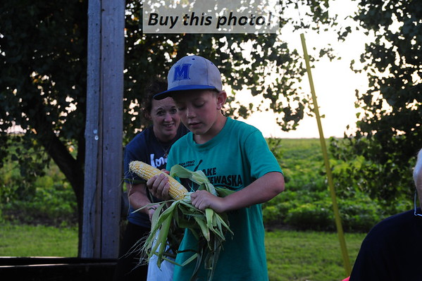 Padua Pub Sweet Corn feed 07-25