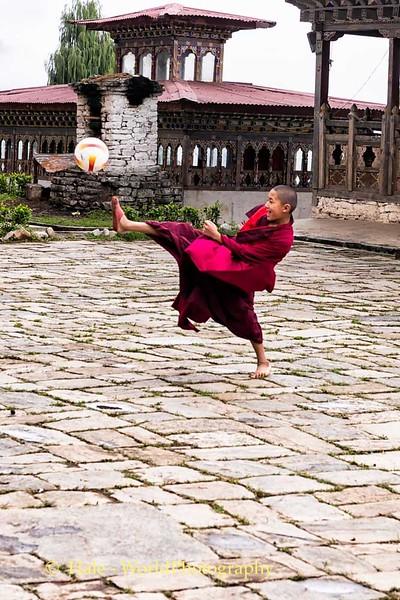 Monks Play Futbol Too!