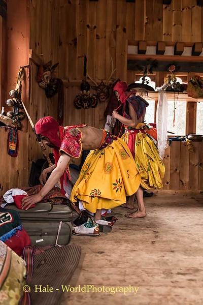 Cham Dancer Dressing