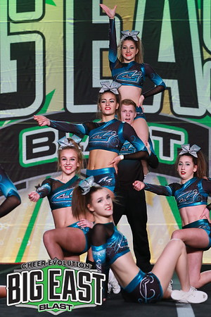 Cheer Sport Pacific Sharks Senior Small Coed 5