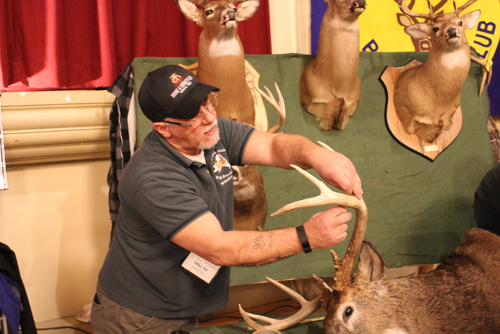 . Charles Pritchard - Oneida Daily Dispatch Mike Ali and Brian Dam are Official Measurers with the New York State Big Buck Club and are looking for the largest  unscored NY State buck entry on Feb. 3, 2018
