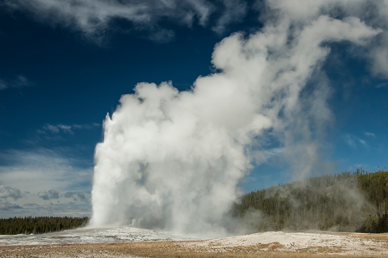 04 April Old Faithful-377