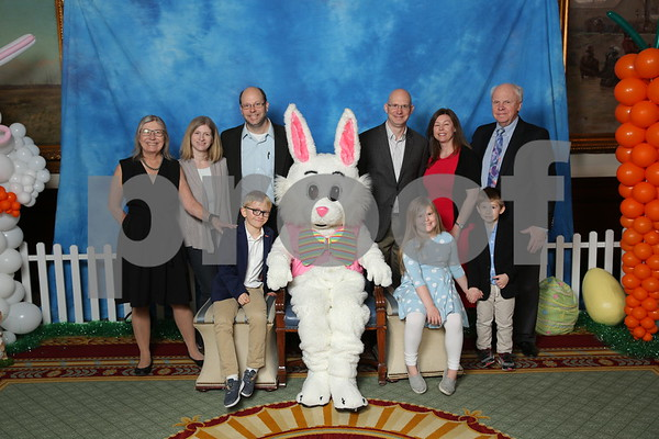 Union League Club Easter Bunny 4-1-18