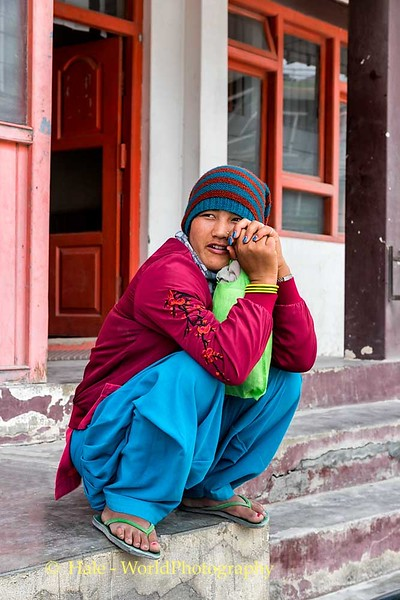 Squatting On The Corner In Jomsom