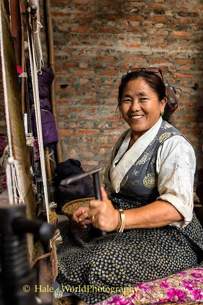 Weaving A Tibetan Carpet