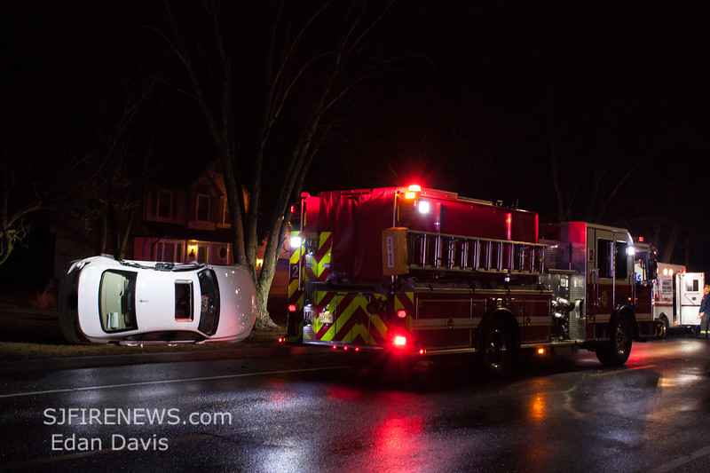 01-28-2018, MVC, Vineland City, S Lincoln Rd  and Sherman Ave  (C) Edan Davis, www sjfirenews (7)