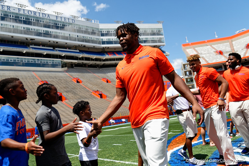 Florida Gators Football Gator Walk 2018 Orange and Blue Debut