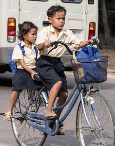 Cambodia Schoolbus-8058