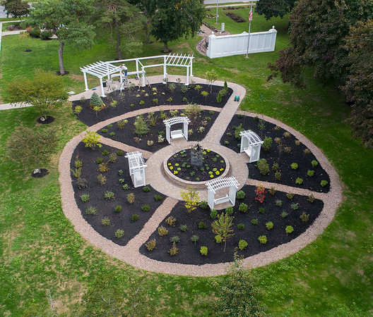 180927 Remembrance Garden