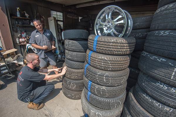180816 Genes Tires 2