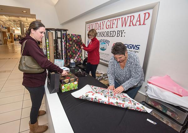 181219 Enterprise Gift Wrapping 1