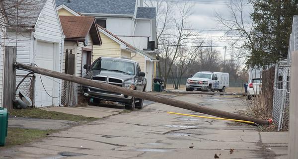 180404  Wind Storm 1