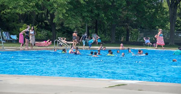 180726 Fort Niagara Pool 3
