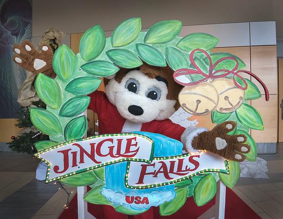 181018 Jingle Falls 1