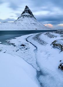 ICELAND, MOUNT KIRKJUFELL-5575