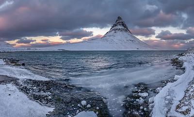 ICELAND, MOUNT KIRKJUFELL-5577