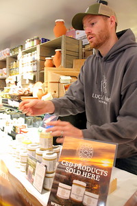 IMG_0067 chris condon of Luce Farm,,offering a sample
