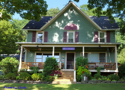 Up on the hill above Keuka Lake in Hammondsport NY is MoonShadow B&B.