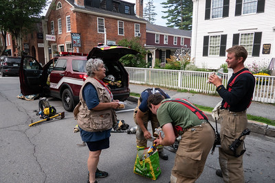 25 Long-time Red Cross volunteer Linda Nordman handed out cold water, cookies and sandwiches to fire crews
