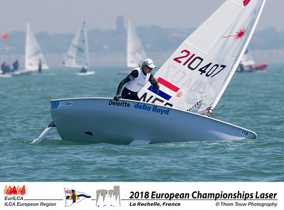 Day 1 - Radial Women's photo gallery