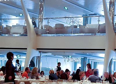 Silhouettes Restaurant