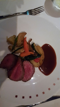 We shared chateaubriand for two.