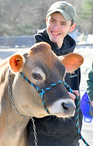 DSC_0939 matt Deome, and Bisquick,,of Billings Farm